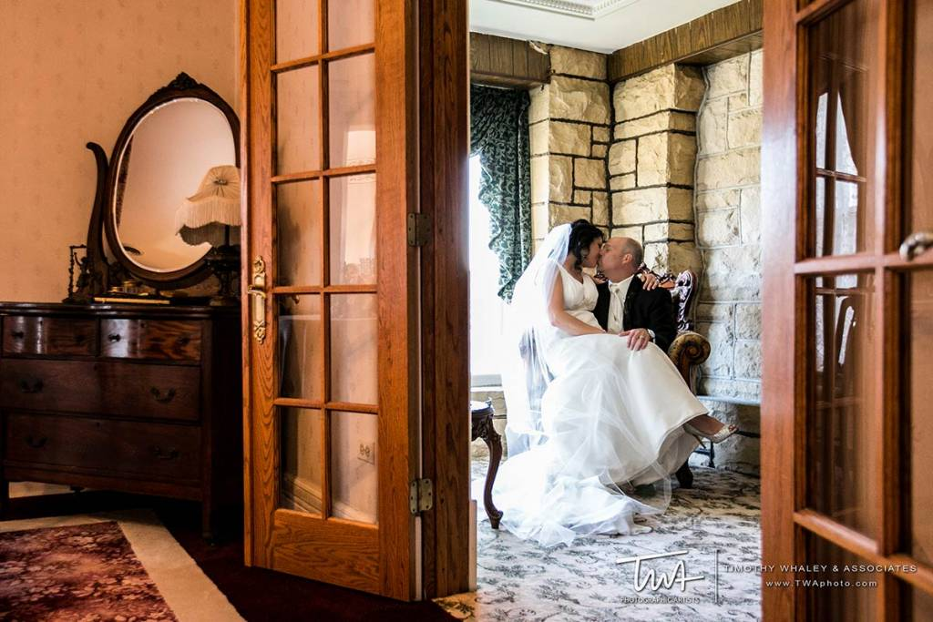 Wedding venue finder for intimate reception