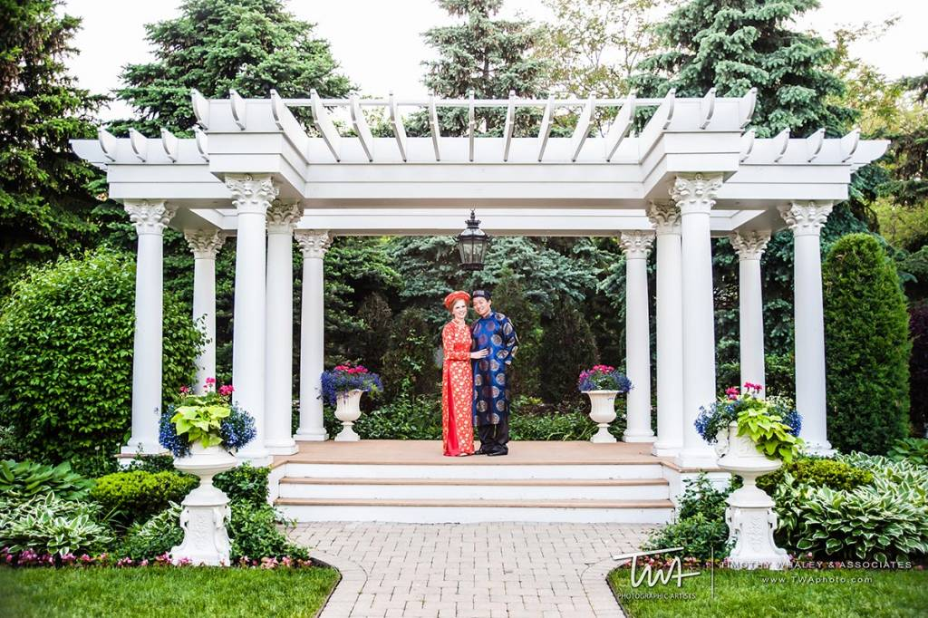 local wedding venues for customary ceremony traditions