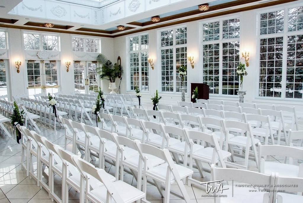 beautiful wedding venues for romantic ceremony