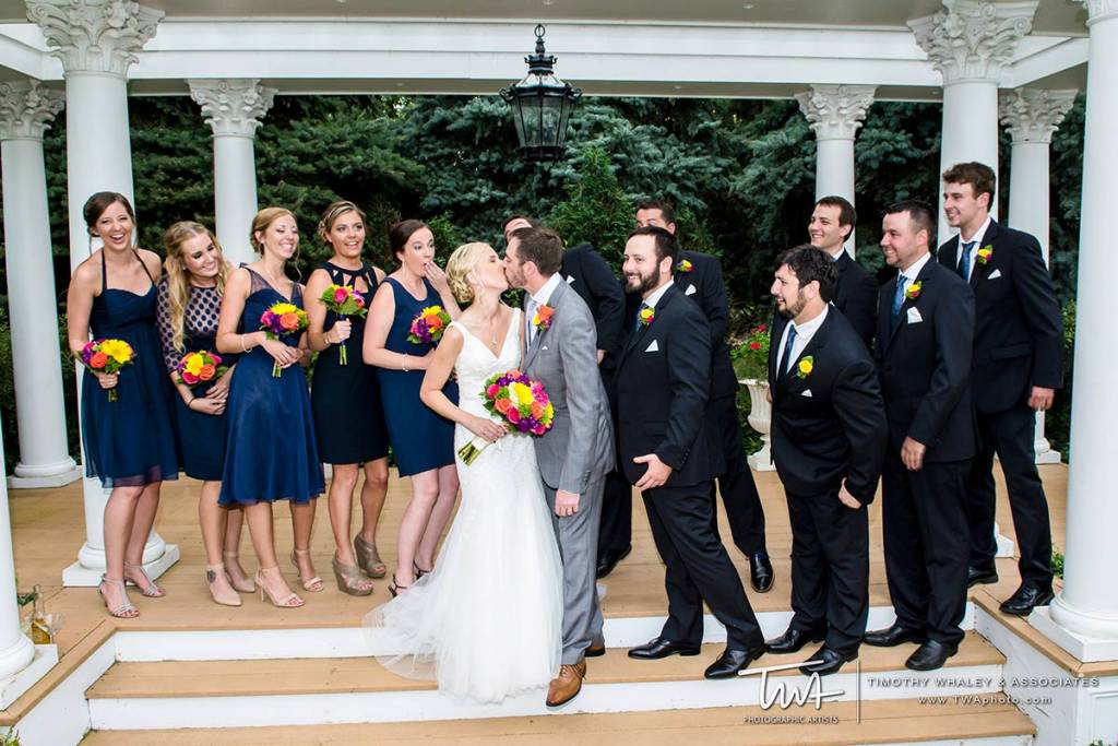 places to get married with large bridal party