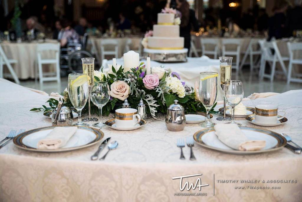 wedding halls near me with vintage tableware