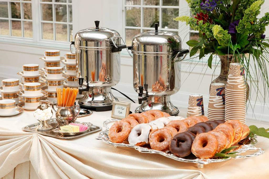 unusual snacks at wedding venues