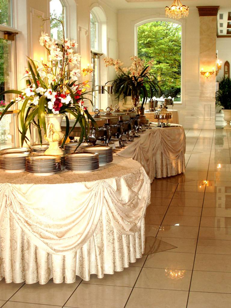 Wedding places with buffet catering near me