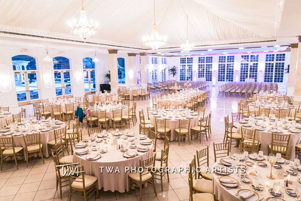 Luxurious Indoor Wedding Ceremony and Reception Space